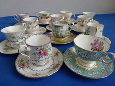 12 pieces English cups & saucers - Royal Albert, Queens, Richmond, Winchester, Paragon