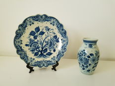 Ram - Delft blue wall plate and vase