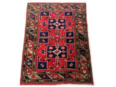 Gorgeous antique hand-made rug: Antique Kula 115 x 87 cm circa 1950!