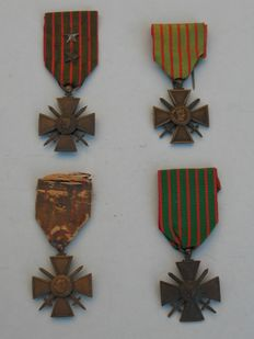 Lot of 4 French cross medals 1915 1916 1917 and 1918 - medal Croix de la Guerre - WW1