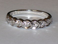 14 kt white gold ring with 8 diamonds, 0.08 ct – ring size 16 mm