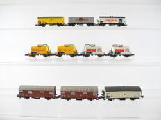 Märklin Z - 10 - different 2-Axled goods wagons of the DB, including  4 tanker wagons [723]