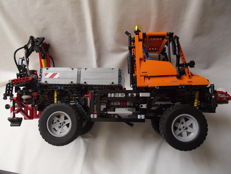 Technic - 8110 - Mercedes Benz Unimog 400
