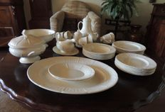 Wedgwood 'Willow Weave'- 6 person tableware set - 33 parts