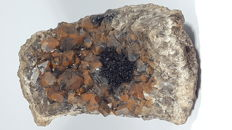 Smoky quartz with Goethite and Calcite - 10 x 6.5 x 4.3 cm - 310 g