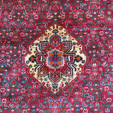 Incredible handmade Persian carpet: Antique Koliyai 207 x 140 cm circa 1960!