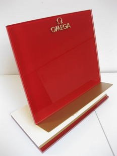 Omega catalogue holder – Glass, metal, and beige leather – Contemporary styling.