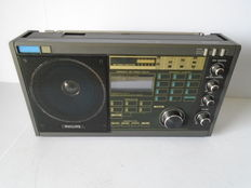 Philips World Receiver D2935