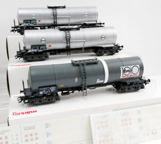 Märklin H0 - 46550/4757 - Three tank carriages 'EVA' of the DB