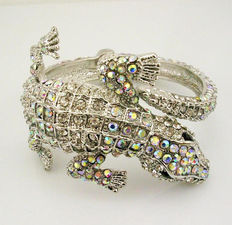 Kenneth J Lane alligator cuff bracelet