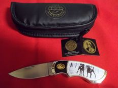 "Franklin Mint - Hunting knife with case-""Two Black Labrador Dogs""-24k gold and silver plated - In very good condition"