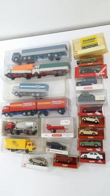 Herpa/Wiking H0 - 21 cars/trucks