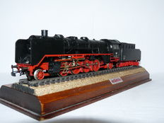 Märklin H0 - 3082 - Steam locomotive with pulled tender, BR 41 of the DB