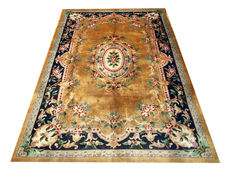 Beautiful Chinese Rug: Old Kangxi Beijing Aubusson 275 x 185 cm.