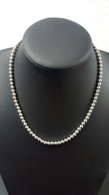 Silver spheres necklace, length: 45 cm, width: 5 mm, weight: 23.3 grams, 925 k