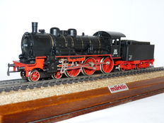 Märklin H0 - Uit set 2960 - Steam locomotieve with tender BR 38 of DB