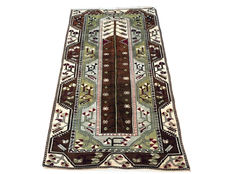 Gorgeous antique hand-made rug: Antique Kula 220 x 120 cm circa 1950!
