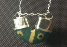 Egyptian cristal trinket and modern silver necklace - 40 mm.