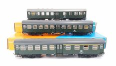 Roco H0 - 4250/4252/4254 - 3 Umbauwagen carriages of the DB