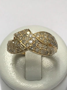18 kt gold ring with diamonds for a total of 1.03 ct - Size 56 / 17.78 mm