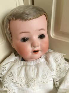 Beautiful antique doll Heubach Koppelsdorf no. 320 Germany