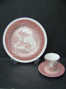 Lilian van Stekelenburg  - Design dish with cup and saucer