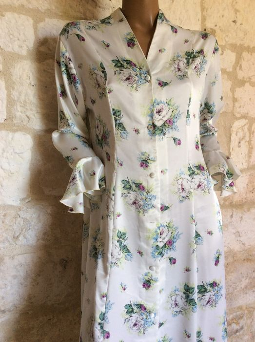 Christian Dior – dressing gown / \