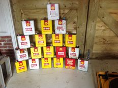 Shell - lot 19 x old oil cans/tins