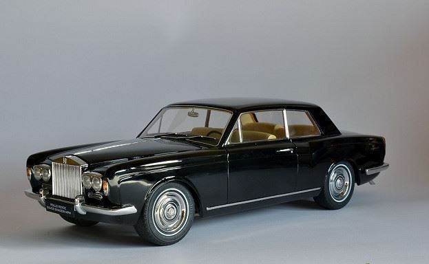 Paragon Models - Scale 1/18 - Rolls-Royce Silver Shadow MPW 2-Door Coupé LHD