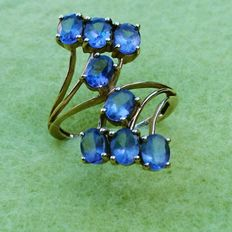 375 Yellow Gold Tanzanite Crossover Ring Size M