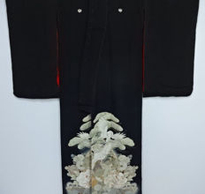 TOMESODE Kimono model 'cranes pattern' with woven decoration - Japan - early 20th century