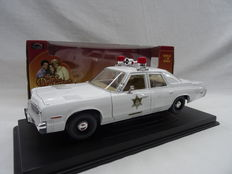 "Joyride - Scale 1/18 - Police Car 1974 Dodge Monaco from the movie ""The Dukes of Hazzard"""