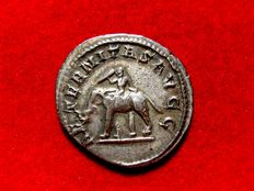 Roman Empire - Philip I (244-249 A.D.) silver antoninianus (3,76 g. 21 mm.). Rome mint.  AETERNITAS AVGG. Elephant guided by mahout.