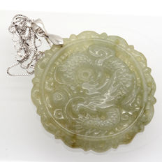 Myanmar jade pendant in .925 silver with engraved dragon