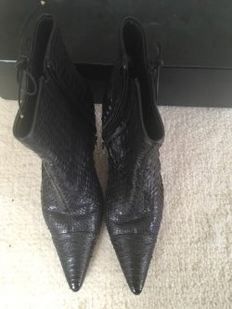 Chanel - heeled boots