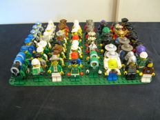 Assorted - 70+ Lego mini figures including knights