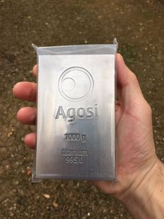 Brand new 1kg (1000g) pure titanium certified bullion from the german refinery Agosi