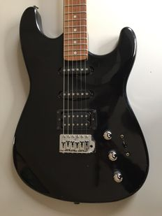 Squier Made by Fender Stratocaster - Korea - Early 90s