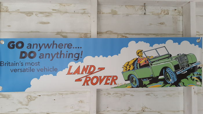 nice land rover banner 2006 for in your garage shop or office 100 x 30 cm landrover catawiki. Black Bedroom Furniture Sets. Home Design Ideas