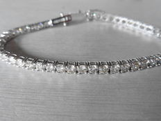 18k Gold Diamond Tennis Bracelet - 8.00ct J , SI2