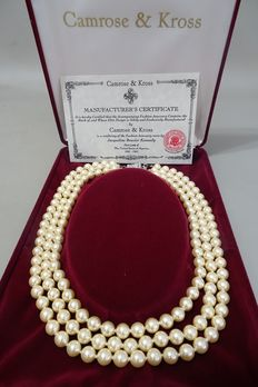 CAMROSE & KROSS – JACKIE KENNEDY – Triple Strand Ivory Faux Pearl Necklace with Box & Certificate of Authenticity