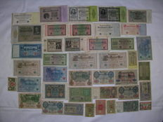 Lot with 41 old German Reich Bank Notes from approx. 1920 to 1930