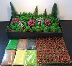 Noch/and others N - 175 piece Scenery package with trees, bushes and ground cover