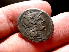 Roman Republic - Anonymous silver denarius (3,30 g. 20 mm.) Rome mint, 194-190 B.C. Crescent series. Very scarce.