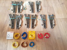 Märklin H0 - 5117 electrical switches M-track 10 pieces and 8 spools with wire