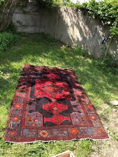 Baktiar carpet from Iran.
