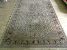 Hand Knotted very nice carpet Indo-Herati 200 x 315cm  !