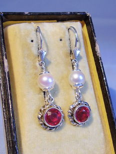 Earrings with real akoya pearls and Verneuil rubies