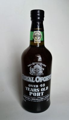Over 40 years old Tawny Port Royal Oporto - bottled in 1988