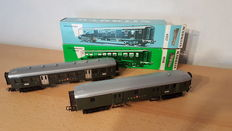 Märklin H0 - 4017/4038 - Baggage car and Light express train carriage of the SSB CFF
